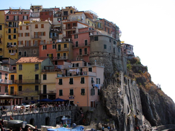Cinque Terre, Italy a romatic honeymoon for anyone